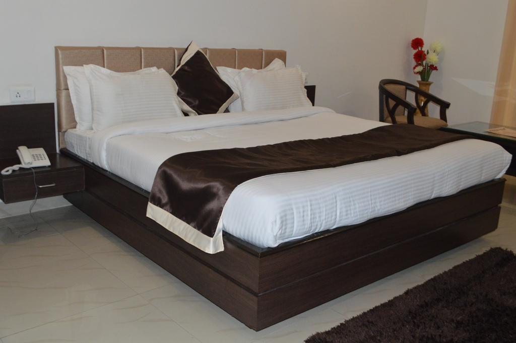 Hotel Alaknanda in Dehradun