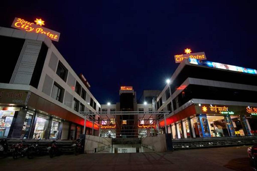 Hotel City Point in Shirdi