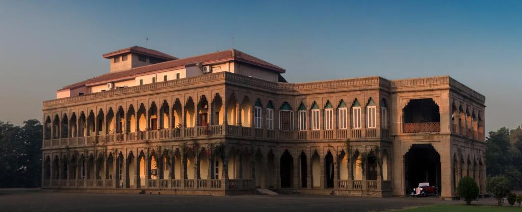 Nilambag Palace in Bhavnagar