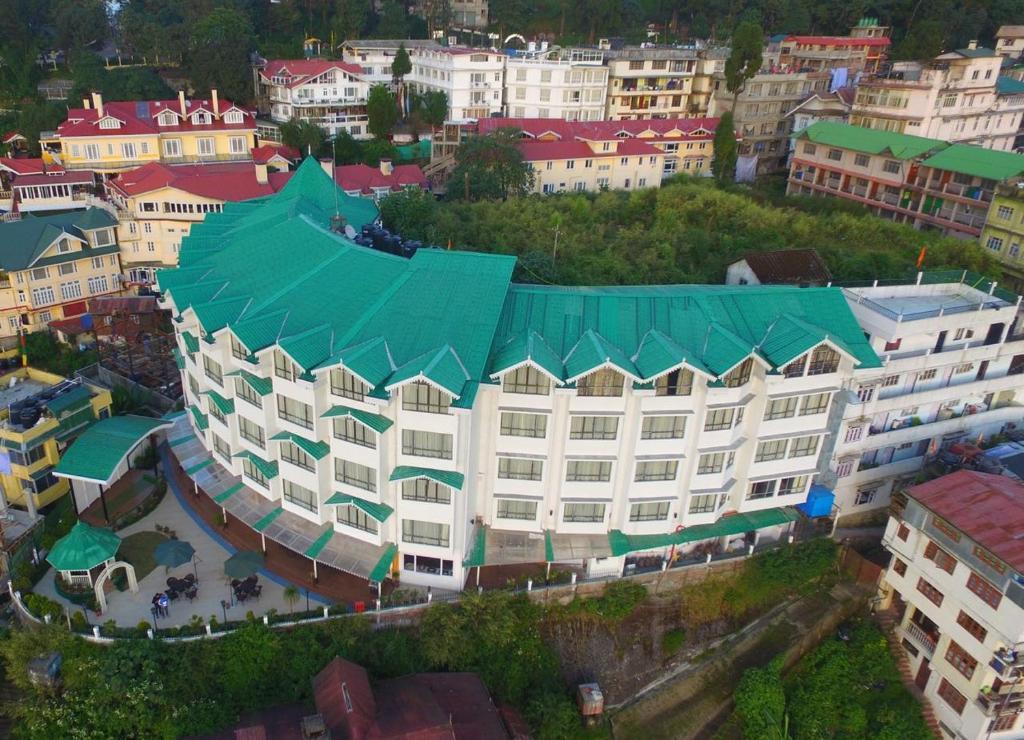 Crescent Resort in Darjeeling
