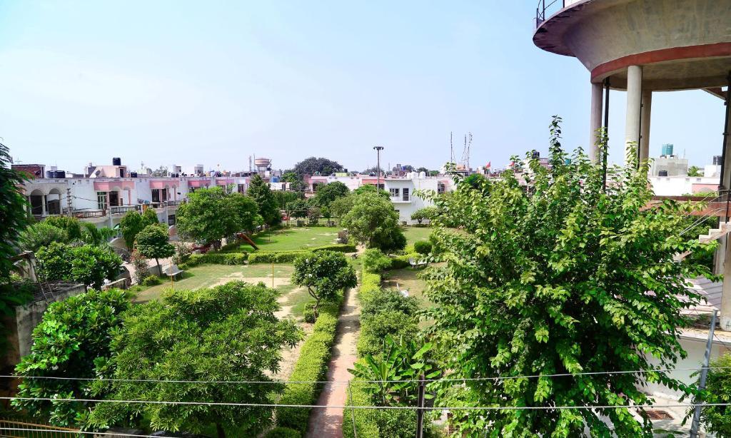 Tuk Tuk Homestay in Agra