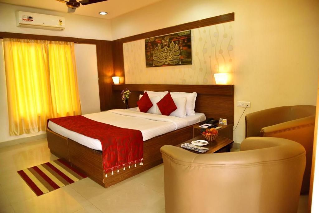 Kstdc Hotel Mayura Bhuvaneshwari Kamalapur in Hampi