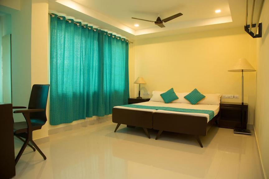 Hotel Kurinji in Kuttalam