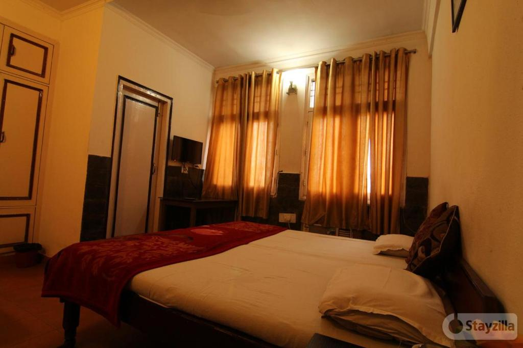 Kahira Guest House in Noida