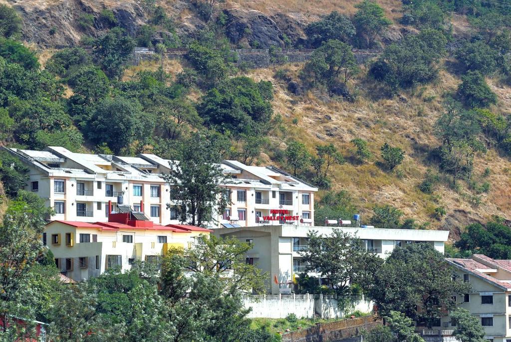 Hotel Valley Nest in Panchgani