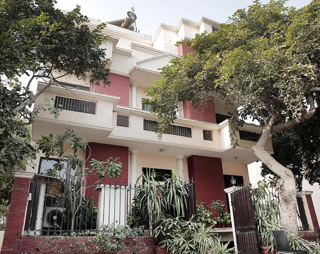 Ahuja Residency Cyber City I in Gurugram