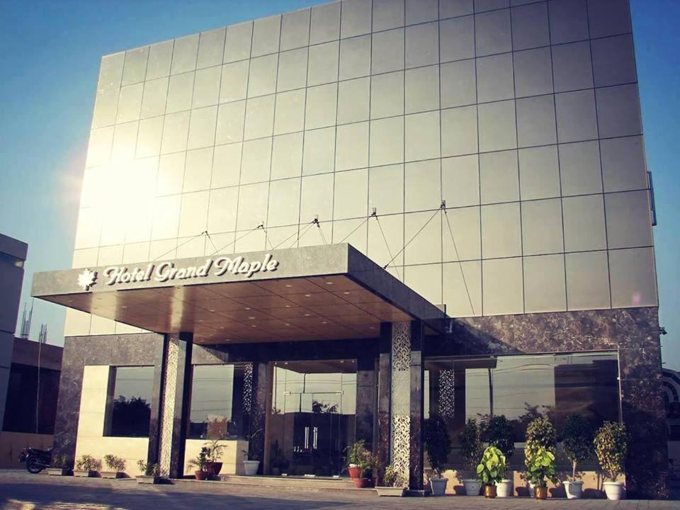 Hotel Grand Maple in Jaipur
