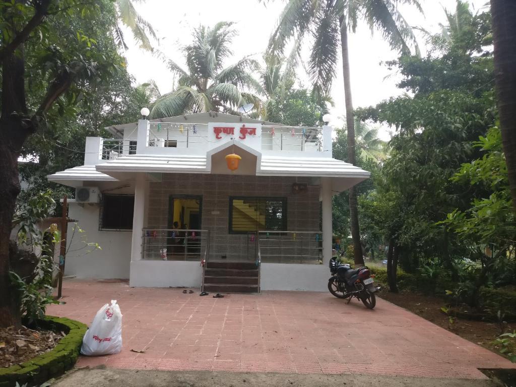 Krushna Kunj Holiday Home in Alibag