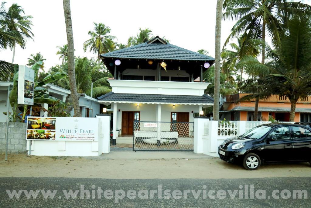 White Pearl Service Villa in Pallipuram
