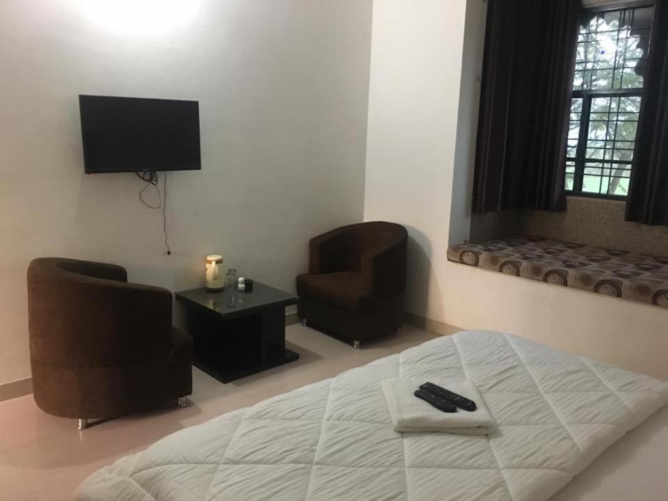 Roop Shree Hotel in Chattargarh