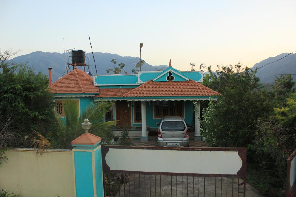 Panicker's Holiday Home in Maraiyur
