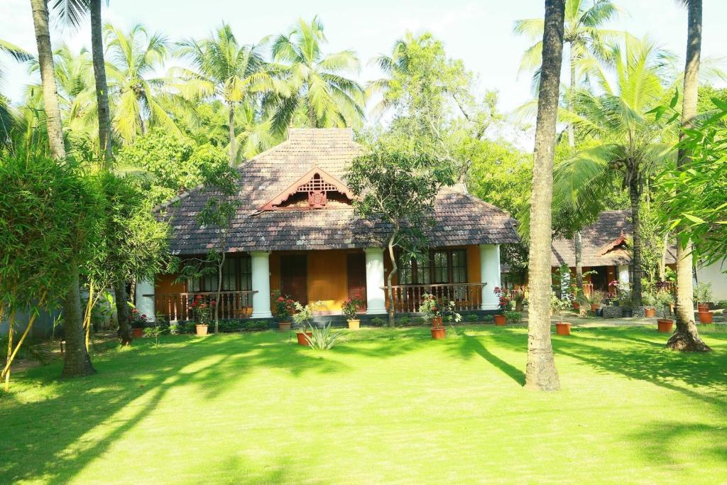 Yantra Ayurvedic Beach Resort in Thanniyam