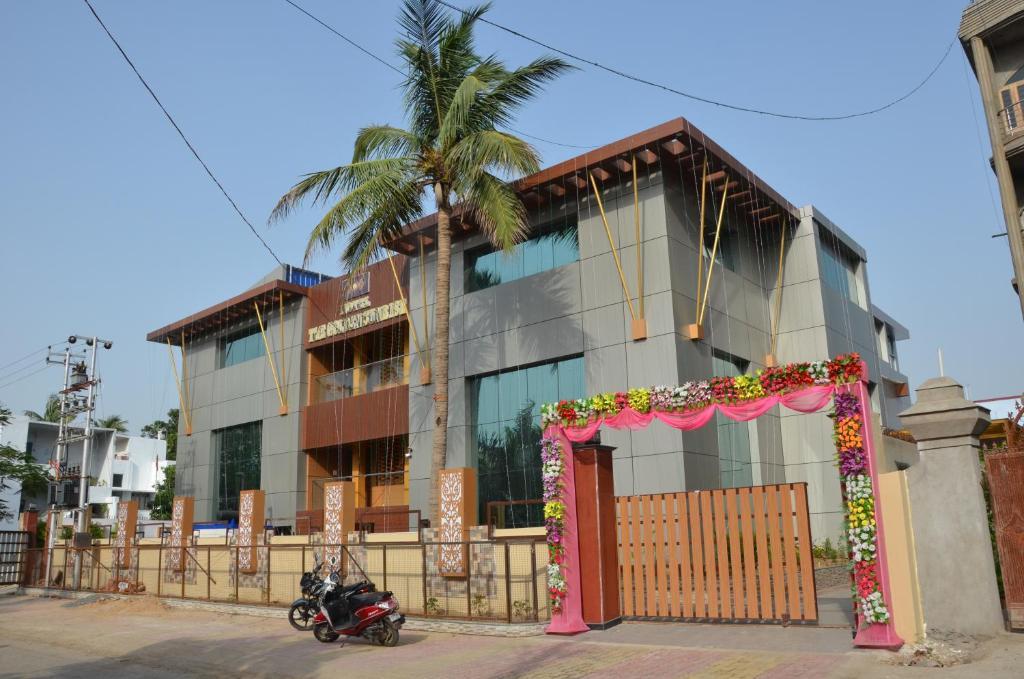 Hotel The Golden Sunrise in Patna