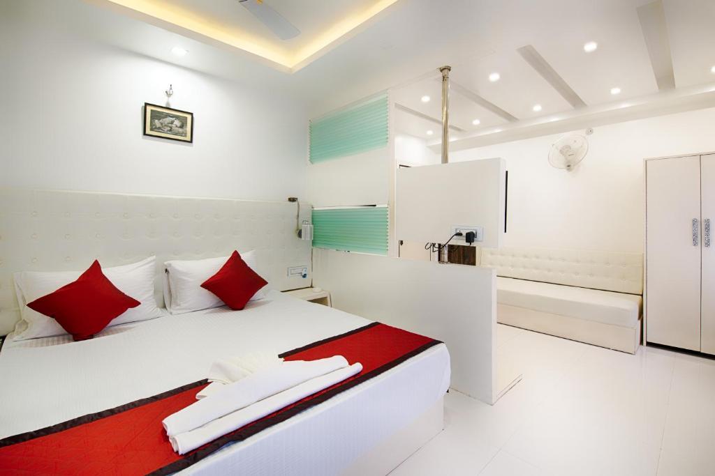 OYO 13599 Hotel Venkatesh Regency in Siliguri