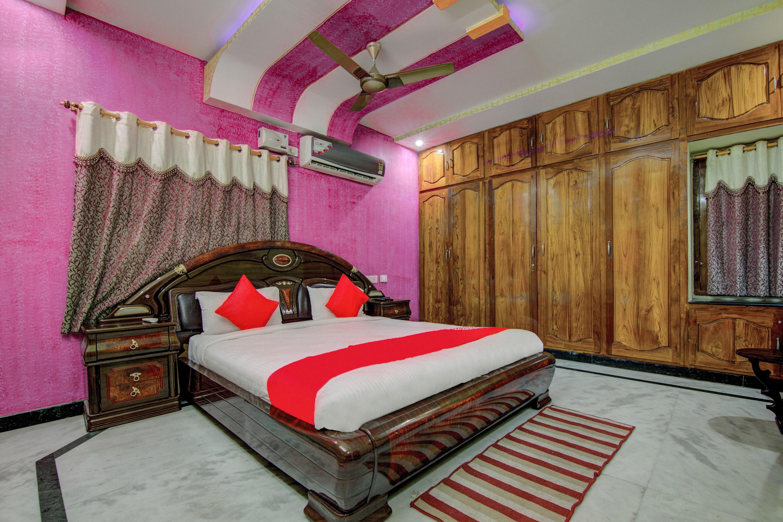 Oyo 9054 Velaga Inn in Vijayawada