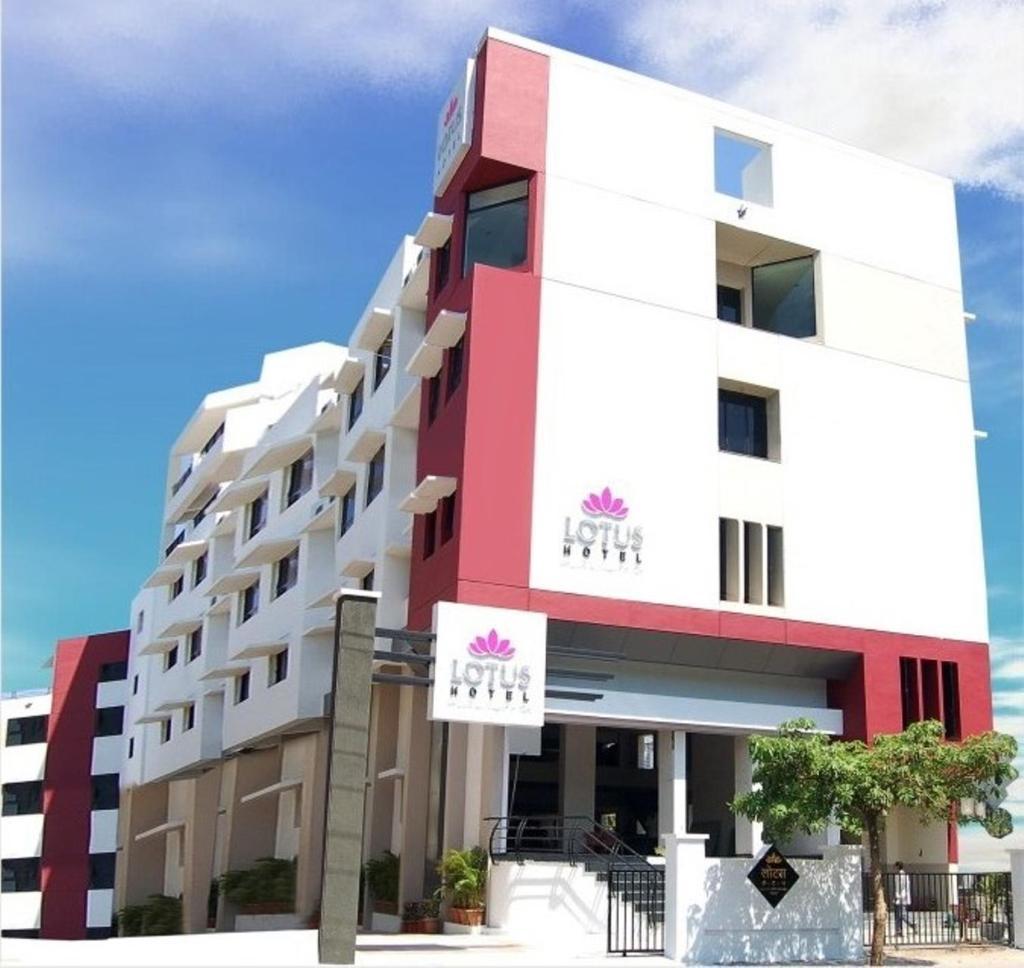 Lotus Hotel in Solapur