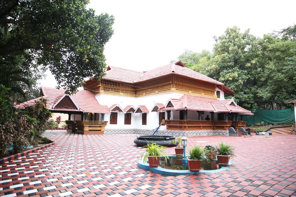 Ayur Vaidya Mana in Palakkad