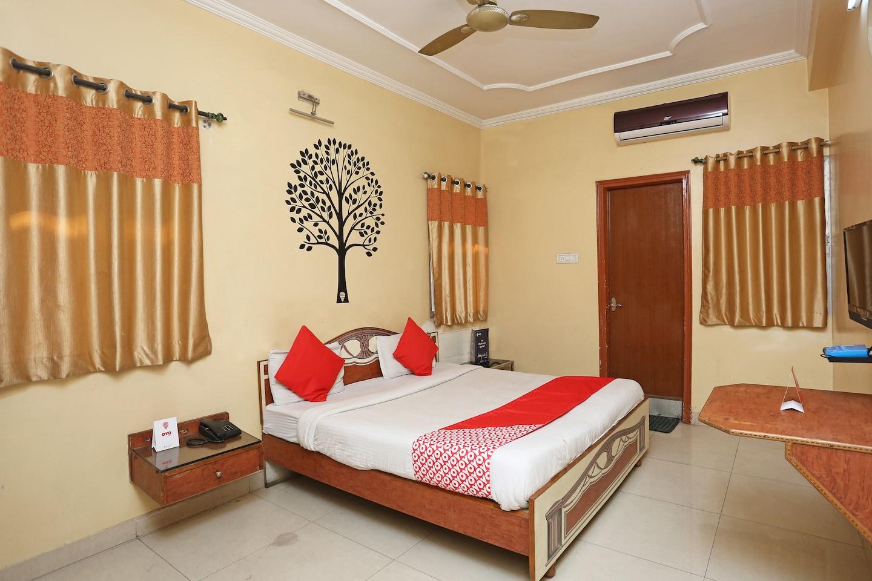 OYO 8494 Hotel Ns Sheetal in Raipur