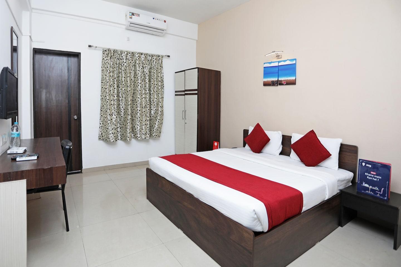 Oyo 8996 Hotel Pioneer in Wakad