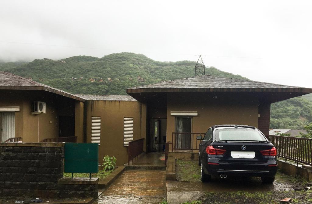 52 Hill View Villa in Lavasa