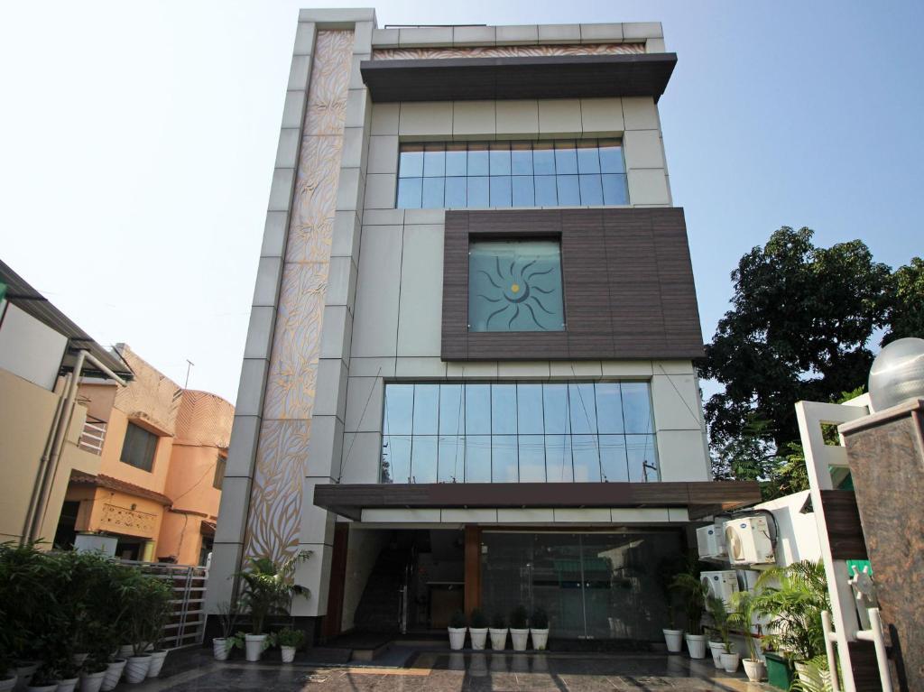 Oyo 9451 Hotel Prem Ratna in Dehradun