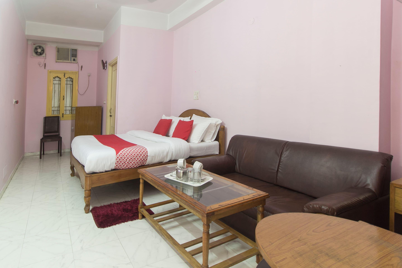 OYO 10908 Hotel North Point in Siliguri