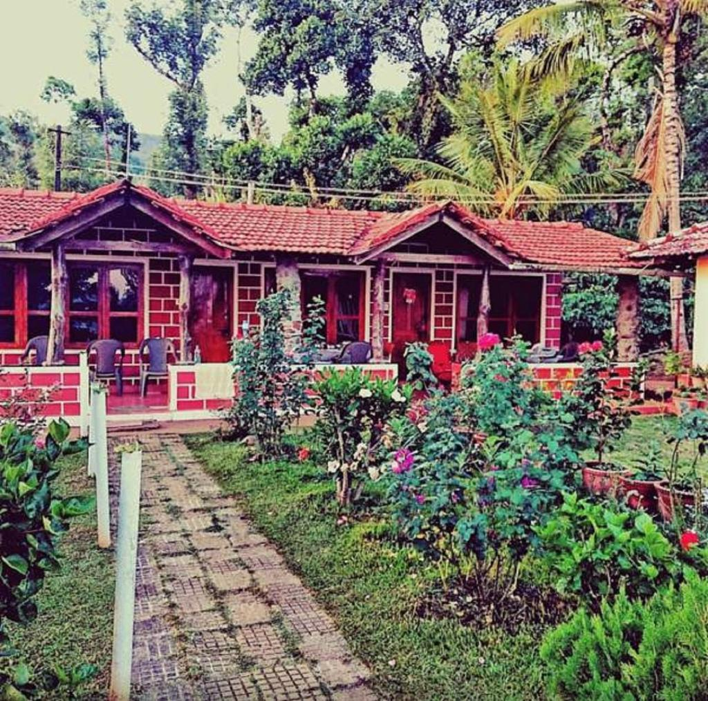 Tripthrill Kings Cottages in Kakkabe