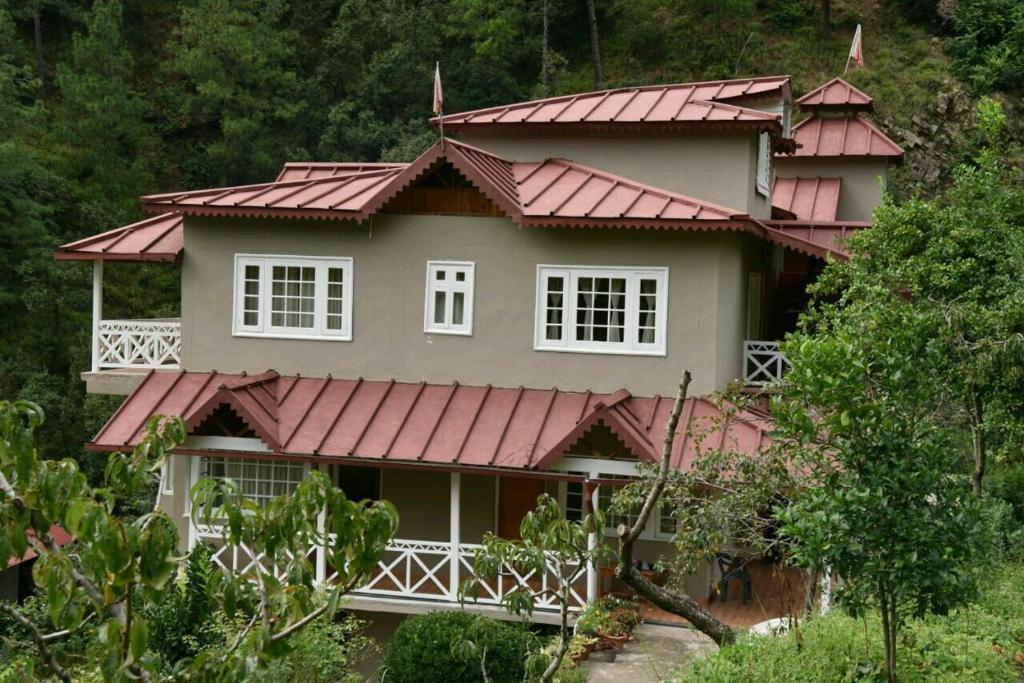 Stay Apart Wood Castle Resort in Ramgarh