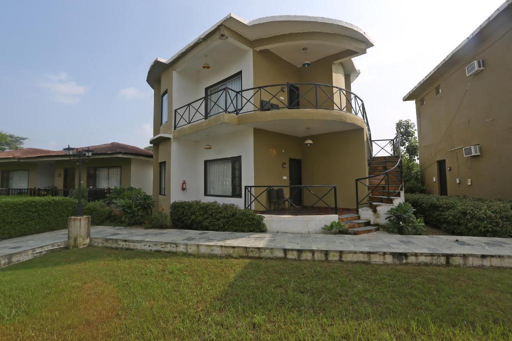 The Tigers Pug Mark Resort in Ramnagar