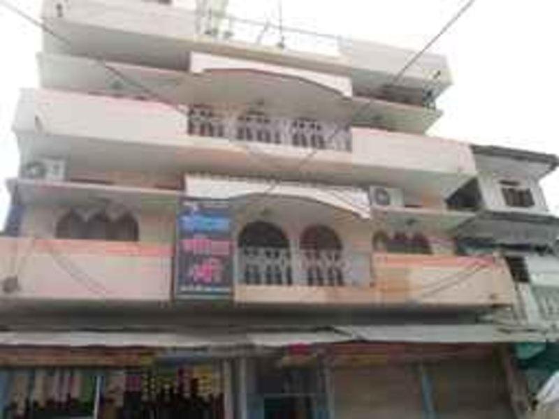 Sri Shanthi Nivas Lodge in Kakinada