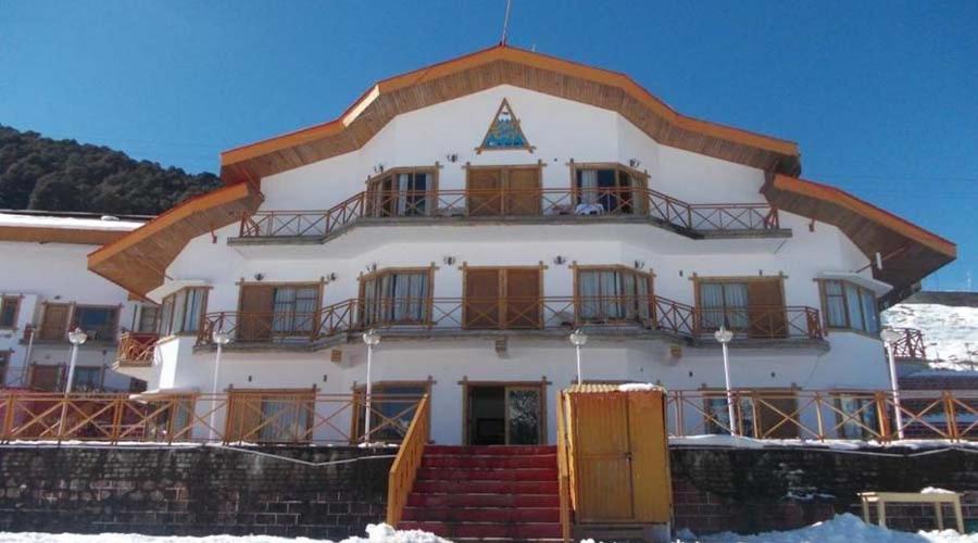 Ski & Snow Cliff Top Club Holiday Resort At Auli, Uttarakhand in Joshimath