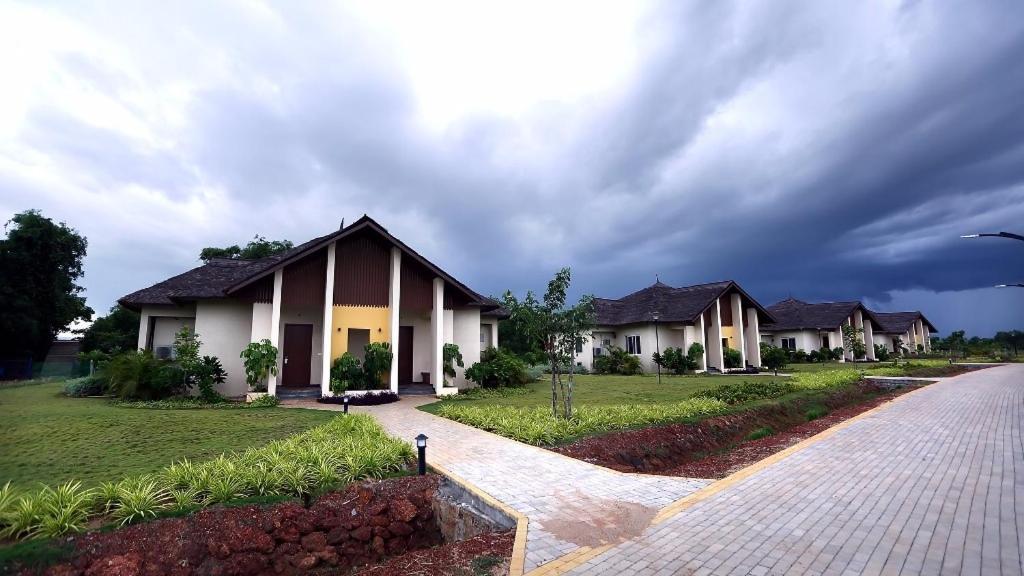 mango Resorts By Gphs in Tada