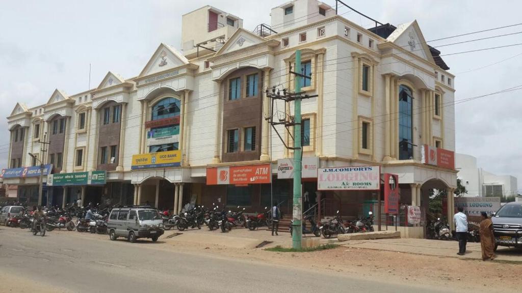 Iroomz Jagalur Mahalingappa Comforts in Chitradurga