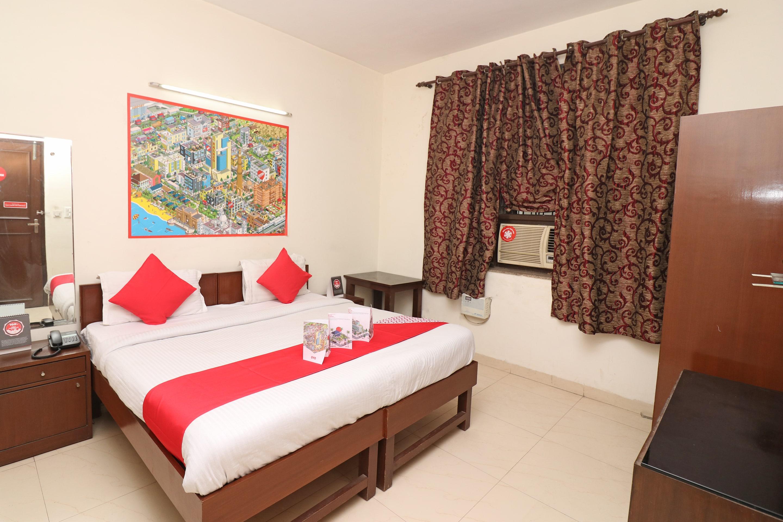 OYO 9423 Devine Stay in Gurugram
