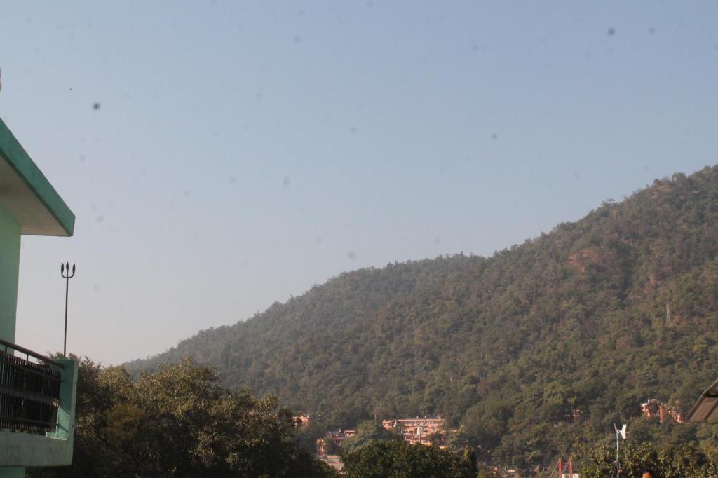 Comfortable Stay Near Swarg Ashram in Rishikesh