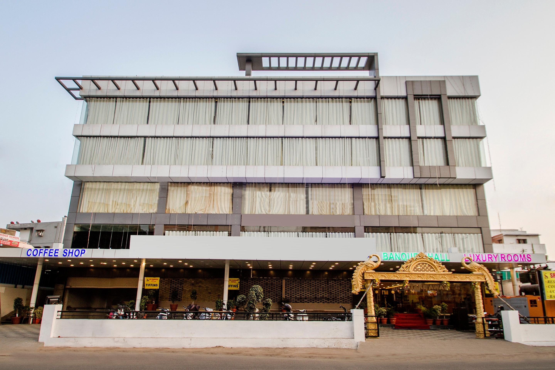 OYO 10225 Hotel Sree Chandana in Upal