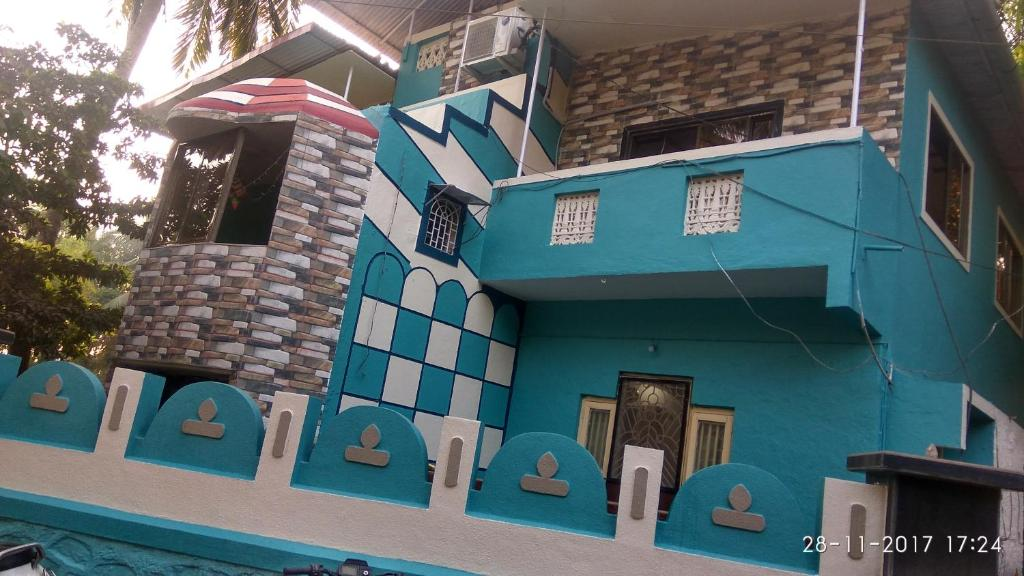 Raghushilp Guest House in Alibag