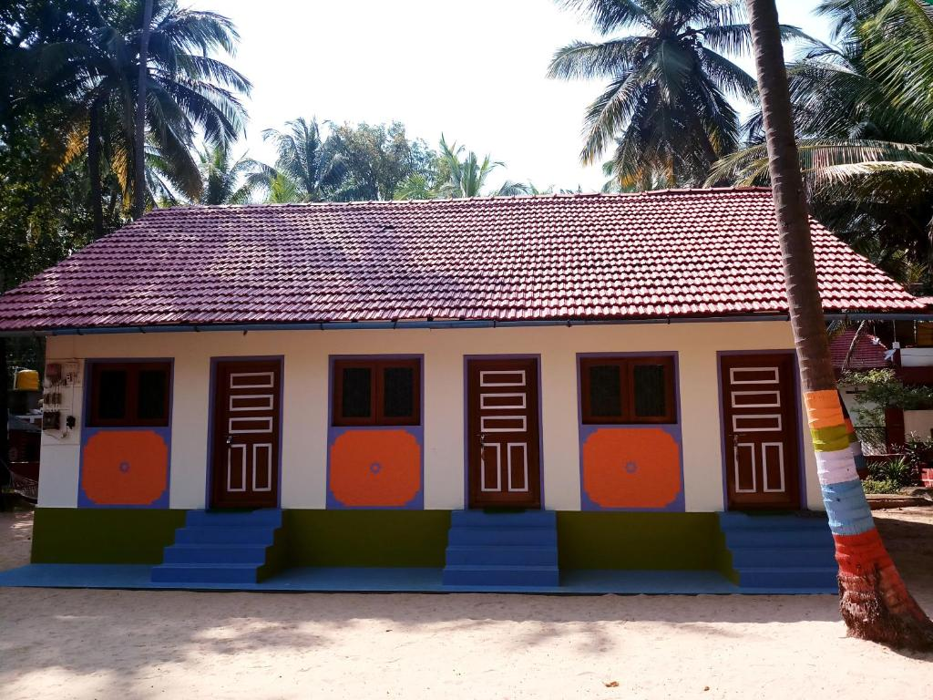Hotel Rosary House in Malvan