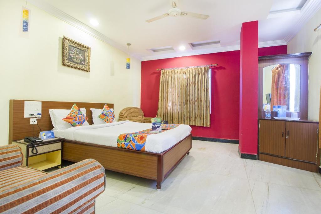 Fabexpress Auro Anna Salai in Pondicherry