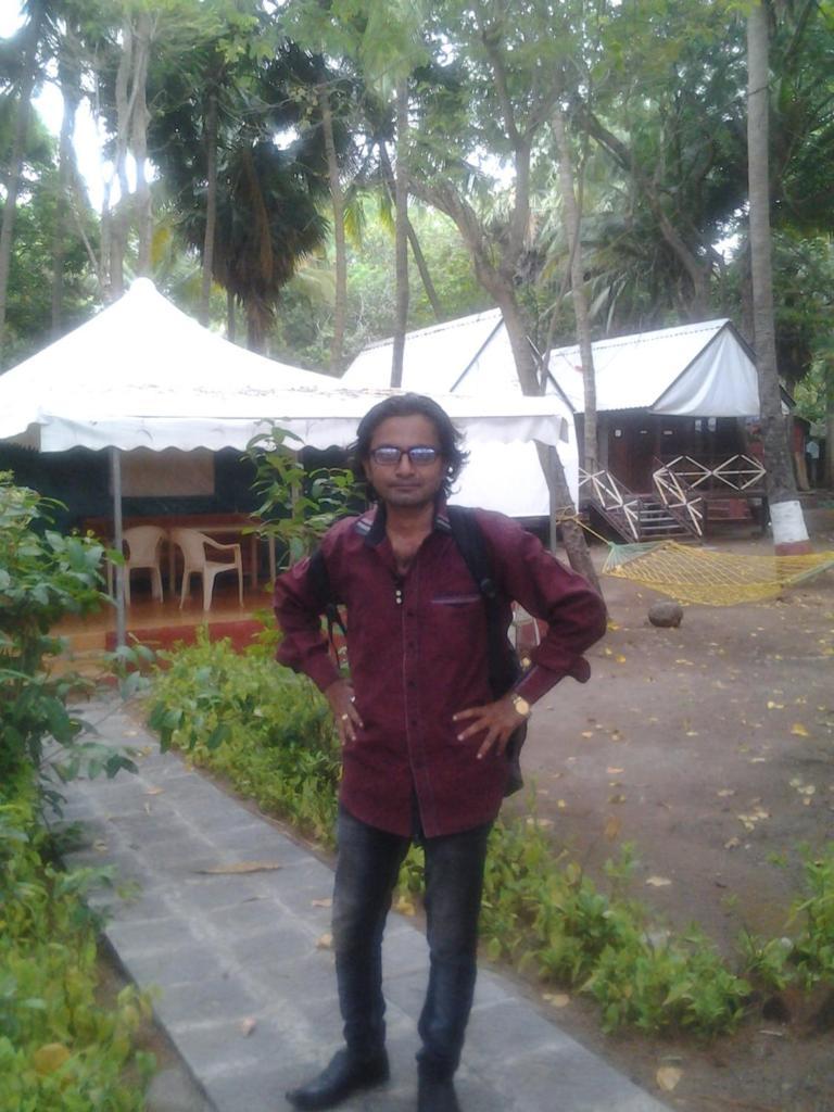 Neelanshu Jacuzzi & tent in Alibaugh