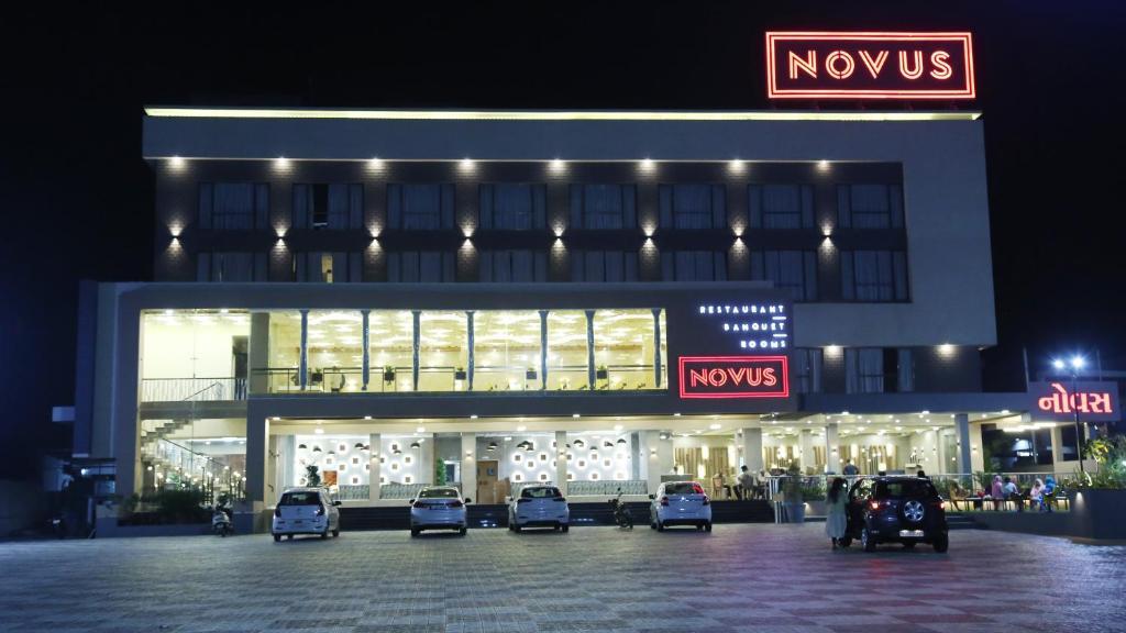 Hotel Novus in Bharuch