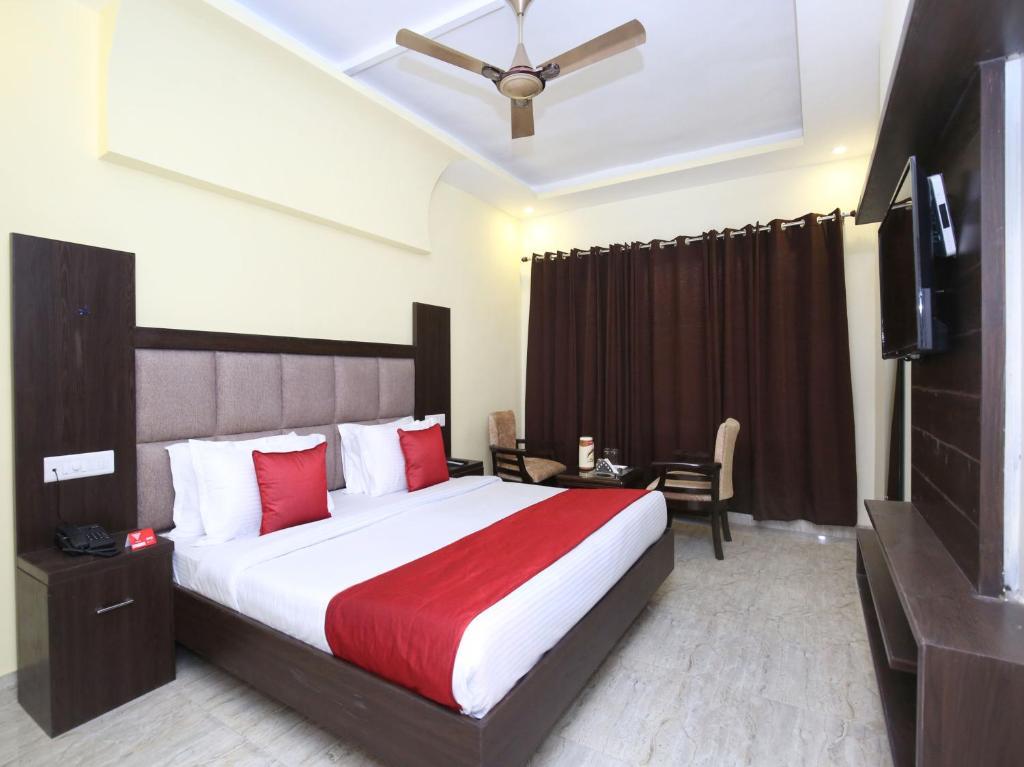 Oyo 322 Hotel Royal in Chandigarh