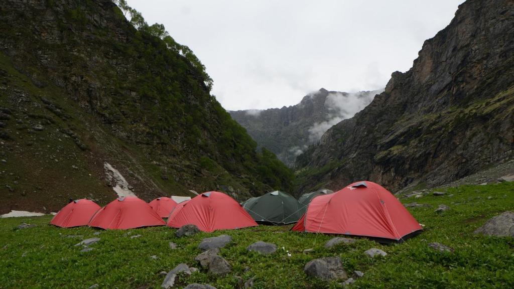 Hampta Pass And Chandratal in Manali
