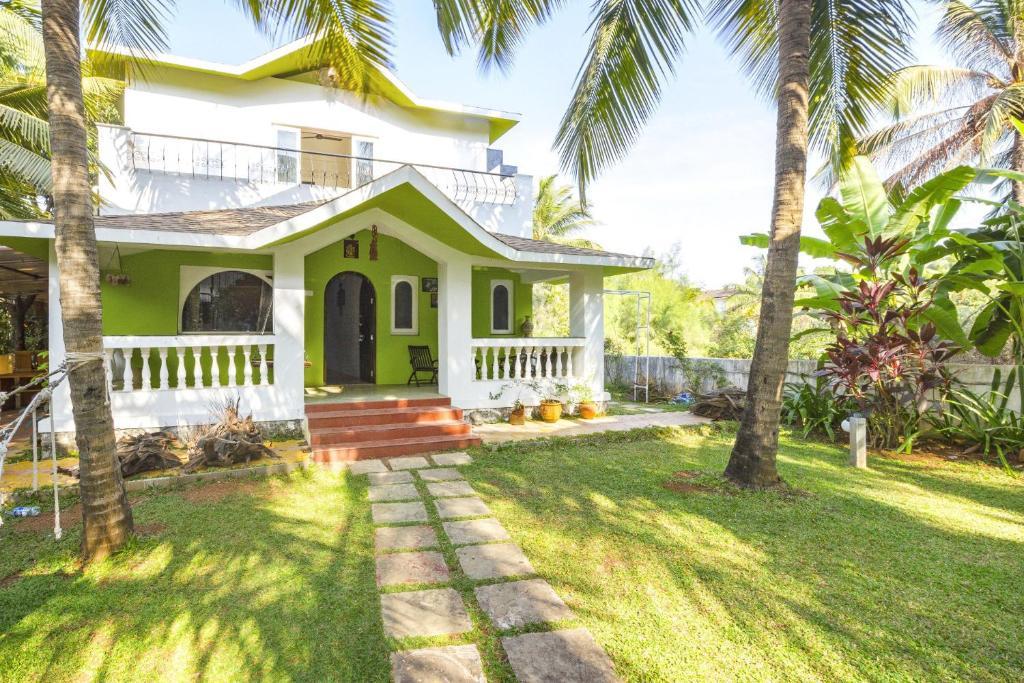 Villa With A Garden In Nagaon, Alibag, By Guesthouser 31572 in Alibag