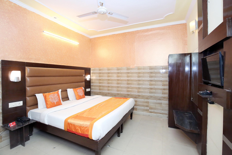 Oyo 12155 Hotel Awdesh Inn in Chandigarh