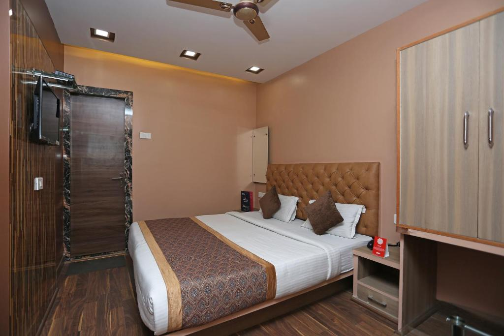 Oyo 11596 Sanjay Guest House in Kanpur