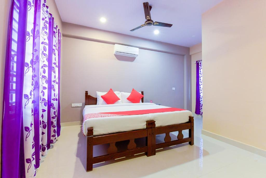 Oyo 11620 Amare Highway Residency in Alappuzha