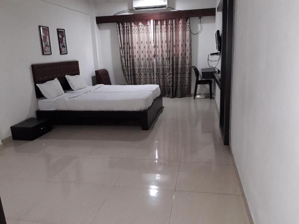 Hotel Anand Inn in Vapi
