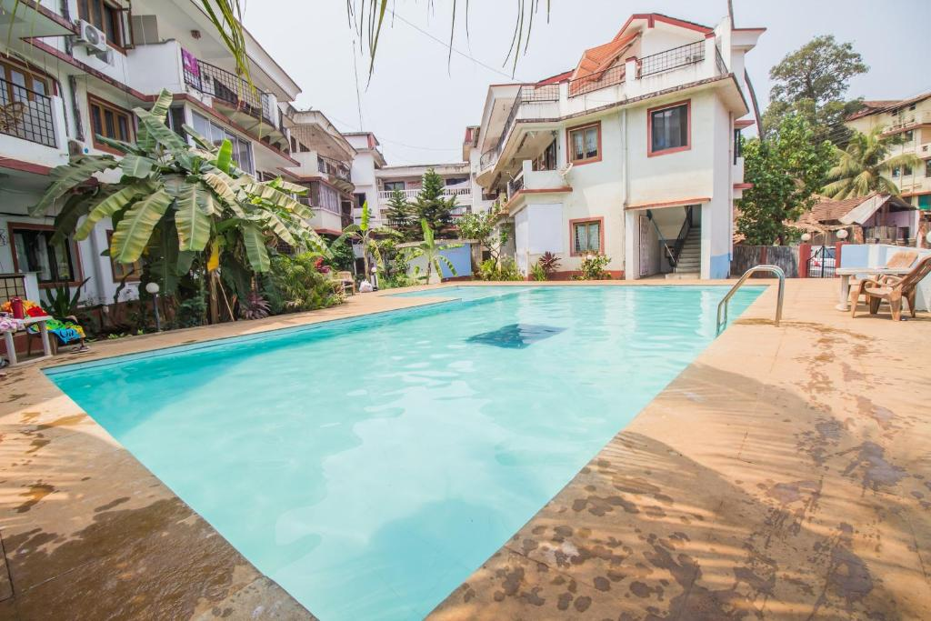 Pool View 1bhk Candolim in Aguada