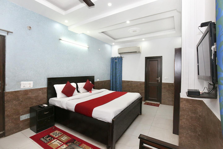 Oyo 10362 Hotel Oberoi in Chandigarh